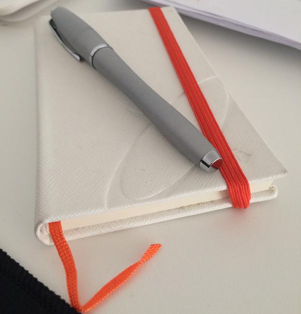 Carnetul și Stiloul